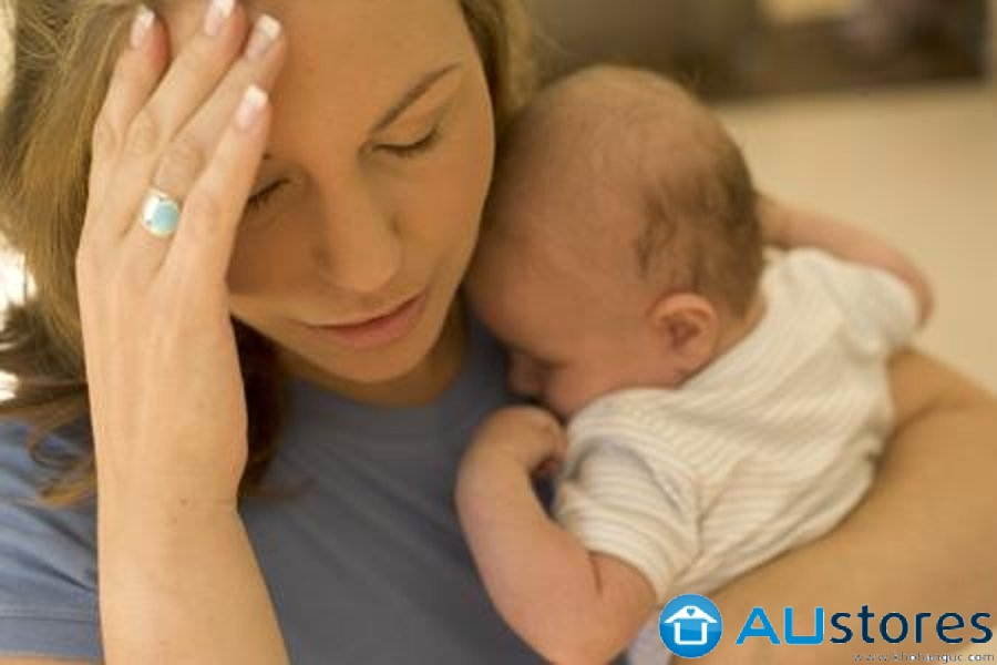 """Rụng tóc sau sinh:""""Nỗi thống khổ"""" của các bà mẹ bỉm sữa"""